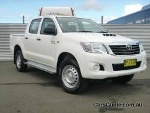 Picture 2013 toyota hilux sr (4x4)