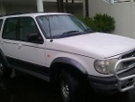 Picture Ford Explorer LOW K's 7 Seater